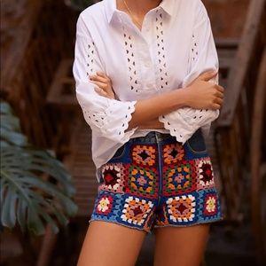 NWT FARM Rio Anthropologie Boho High Rise Crochet Denim Shorts Floral Blue 28